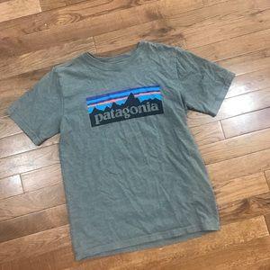 Boys Gray Patagonia T Shirt L 10-12